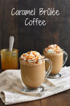 Brûlée Caramel Coffee - Make a coffeehouse-style drink at home in just minutes! Coffee, milk, caramel sauce and a touch of brown sugar come together to make a sweet caramel coffee treat! Coffee Cafe, Coffee Drinks, Coffee Milk, Cozy Coffee, Coffee Beans, Coffee Shop, Iced Coffee, Coffee Pods, Happy Coffee