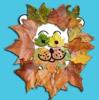 Tête de lion en feuilles d'automne                                                                                                                                                                                 Plus