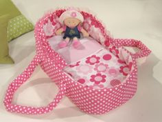 Ideas Sewing For Kids Toys Doll Carrier For 2019 Baby Doll Bed, Doll Beds, Baby Doll Clothes, Doll Clothes Patterns, Baby Toys, Kids Toys, Baby Doll Carrier, Baby Doll Accessories, Fabric Toys