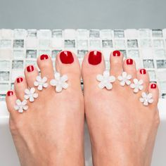 Switch Out Your Regular Pedicure Spacers for These. Flower Pedicure, Vegan Nail Polish, Making Life Easier, Pretty Toes, Mani Pedi, Nail Tech, Cute Designs, Product Launch, Paper Towels