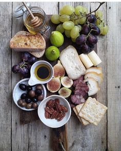 Can't help but admire this beautiful cheeseboard from @thecheeseboard! Just add wine and it's perfect for #WineWednesday!