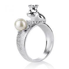 Froggy, Frosch Ring aus Silber mit weißer Muschelkernperle