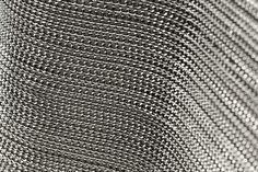 Foglio termoadesivo con catena metallica