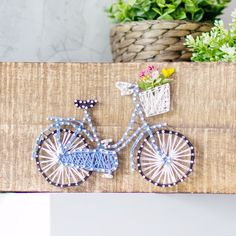DIY Deko: Fahrrad-Fadenbild / String-Art DIY Deko: Fahrrad-Fadenbild / String-Art The post DIY Deko: Fahrrad-Fadenbild / String-Art appeared first on DIY Crafts. Bicycle String Art, String Art Diy, String Crafts, String Art Heart, Bicycle Art, Diy Crafts Hacks, Diy Home Crafts, Diy Arts And Crafts, Creative Crafts