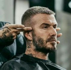 Dress like a true Gentleman with New Modern and Street Styles! Check out Gentlem… - Frisuren Manner Hairstyles Haircuts, Haircuts For Men, Hair And Beard Styles, Curly Hair Styles, David Beckham Style, David Beckham Haircut, Mens Medium Length Hairstyles, Men Short Hairstyles, Facial Hair