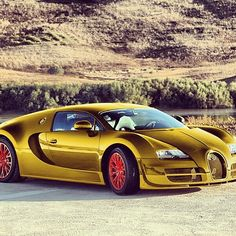 Unreal Bugatti Veyron! Not a fan on the wheels though