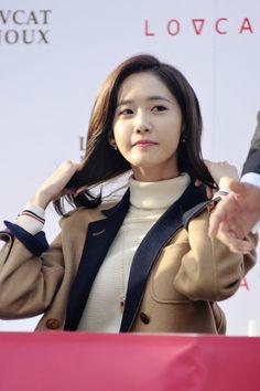 YoonA girls generation-LOVCAT fansign