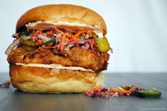 Fried Chicken Sandwch w Pickle Slaw. This Sandwich Will Probably Change Your Life - Fried Chicken Sandwich with Pickle Coleslaw and Spicy Mayo. Making Fried Chicken, Fried Chicken Sandwich, Mayo Chicken, Grilled Chicken, Empanadas, Burritos, Bread & Butter Pickles, Tacos, Pizza