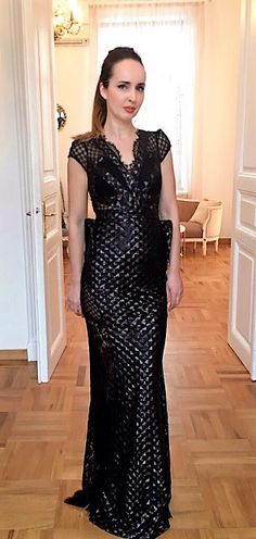 CRISTALLINI #EveningDress #Prom #RedCarpet #Fashion #BlackDress #Sequins #Glamour