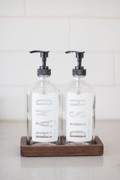Refillable modern farmhouse hand and dish soap dispensers with a handmade walnut tray Kitchen Soap Dispenser, Soap Dispensers, Soap Supplies, Kitchen Supplies, Sink Organizer, Soap Display, Lotion Bars, Milk Soap, Castile Soap