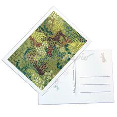 Ein frühlingshafter Gruß. Diese Postkarte ist zum Verschicken an einen lieben Menschen oder als Ostergruß perfekt. Es sind wie immer zahlreiche kleine und große Symbole und Tiere versteckt. Viel Spaß beim Suchen!