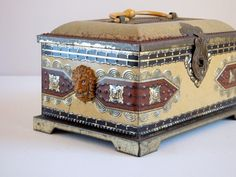 Had to show you the side view too. Blue Bird Candy Box & Bank Metal Treasure by VintageRetrievers, $ 30.00