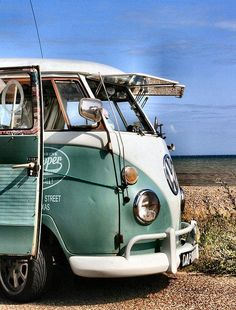 Hangin by the beach in a VW Bus, Sunshine on my face, and wind in my hair ☮ re-pinned by http://www.wfpblogs.com/author/southfloridah2o/ #Volkswagen Bus #VWBus