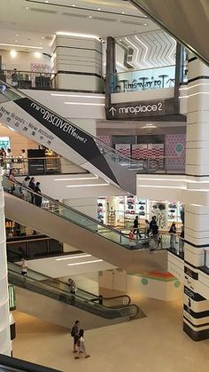 aircurtain IFC mall - Google 搜尋 Commercial Interior Design, Commercial Interiors, Shopping Center, Mall, Google, Shopping Mall, Template