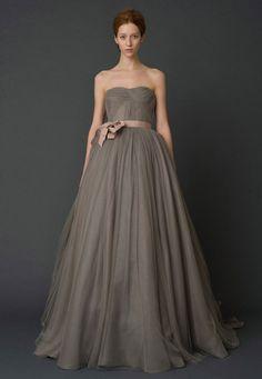 robe de mariée haute couture vera wang taupe -Harlow- / Carnet d'inspiration Mademoiselle Cereza