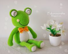 fukuroucrafts: Cute Crochet Pattern Frog Doll