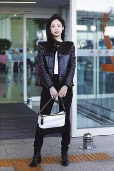Blackpink Outfits, Casual Outfits, Fashion Outfits, Blackpink Fashion, Asian Fashion, Moda Kpop, Kpop Mode, Jennie Kim Blackpink, Looks Chic