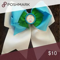 """I Make All Bows Look Good Bow 7"""" blue, green, white stacked bow Accessories Hair Accessories"""