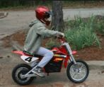 Some people prefer using motorcycles for everyday transport. A motorbike is fast compared to other modes of transport and is fuel efficient. Mode Of Transport, Automobile Industry, Mistakes, Bike, Bicycle, Trial Bike, Bicycles