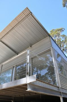 Karri Fire House | ian weir bushfire architect Steel Frame House, Steel House, Architecture Awards, Architecture Design, Shed Homes, Barn Homes, Masonry Wall, Commercial Construction, House Viewing