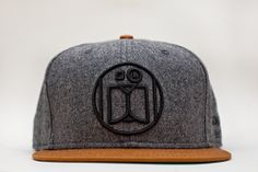 "Image of JONATHON THE DOG ""LOGO"" SNAPBACK GREY / BROWN"
