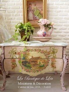 Marie-Antoinette chest of drawers distressed Shabby pink, medallion cottage, Garlands of roses, French dollhouse furniture in 1:12th scale