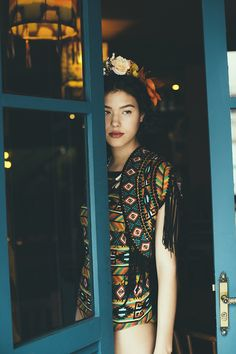 peças da mini-coleção inspirada na frida kahlo. cores fortes, estampas exclusivas e modelagens incríveis.