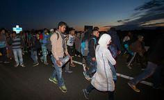 La principal cuota de refugiados sirios, más de 4 millones de personas, se reparte entre Turquía, Líbano y Jordania.