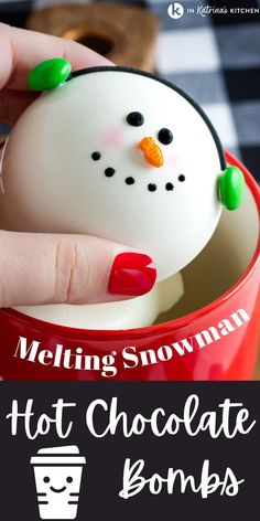 Hot Chocolate Gifts, Christmas Hot Chocolate, Hot Chocolate Bars, Hot Chocolate Mix, Hot Chocolate Recipes, Chocolate Spoons, Melting Chocolate, Christmas Snacks, Christmas Cooking
