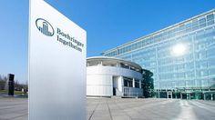 Das Geschäft mit #Diabetes-Medikamenten läuft gut für Boehringer Ingelheim. Das hilft mitten in Konzernumbau. Bei der Neuausrichtung sieht sich Deutschlands zweitgrößter #Pharmakonzerne voll auf Kurs. Boehringer Ingelheim hat mitten im Konzernumbau von einem florierenden Geschäft mit Diabetes-#Medikamenten profitiert. Deutschlands zweitgrößter Pharmakonzern nach #Bayer setzte im ersten Halbjahr 2016 rund 7,3 Milliarden Euro um, ein Minus von einem Prozent, wie Boehringer am Mittwoch…