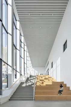 Gallery of School with an Open Space / Beijing Institute of Architectural Design Division - 20 - Nieuwbouw - # Open Space Architecture, Library Architecture, Education Architecture, Landscape Architecture, Interior Architecture, University Architecture, Atrium Design, Facade Design, School Building Design