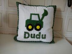Almofada do Dudu inspirada na Jonh Deere.