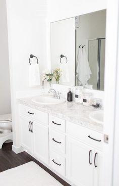 Home // Modern White