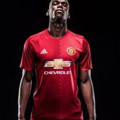 Manchester United officialise le transfer de Paul Pogba