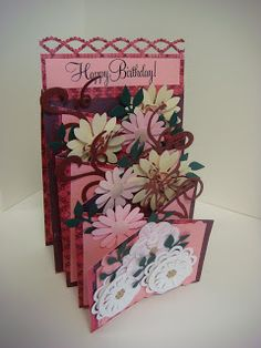 """Carolyn's Creative Corner: """"Cascading Card"""" from CardMaker Magazine! Phase 1/Creating the Card Base"""