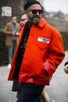 Men street styles 123145371047015220 - The Best Street Style From Pitti Uomo – GQ Source by gqmagazine Best Street Style, Urban Street Style, Street Style Trends, Autumn Street Style, Cool Street Fashion, Men Street Styles, Estilo Street, Fashion Week Hommes, Prada Men