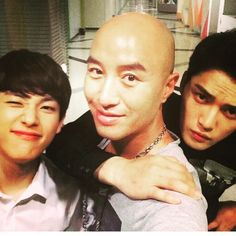 150511 Tony Hong Shares a old photo with Kim Jaejoong and Im Siwan (Source: tonyhong1004)  [TRANS] A photo during #Triangle 1 year ago I want to see my crying dongasengs #ImSiwan # Kim Jaejoong Jaejoong-ah, are you doing well? I miss you, you rascal ㅎㅎㅎ Your military photos were knowingly cool ㅎㅎㅎLoyalty*salute*