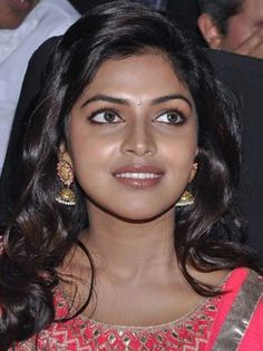 Amala Paul Photographs SUBH BUDHWAR (WEDNESDAY) PHOTO GALLERY  | SMITCREATION.COM  #EDUCRATSWEB 2020-09-08 smitcreation.com https://www.smitcreation.com/sc/08/45390/453901.jpg