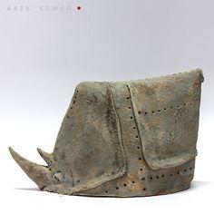ceramiczny nosorożec|figurka z gliny|ceramika Arek Szwed
