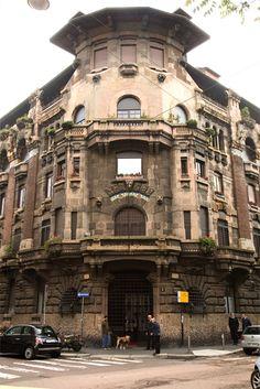 Casa Berri-Meregalli, Milano, Italia