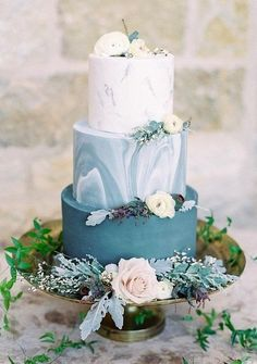 TREND ALERT: Beaucoup Blue! - Creative Coverings Blog | Cake by Frost It Cakery frostitcakery.com