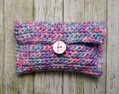 This crochet pouch is easy to make, even if you're just starting out.