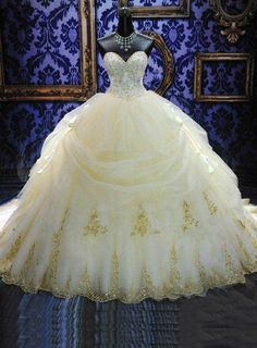 Deluxe Royal Cathedral Beaded Sweetheart Color Ball Gown Wedding Dress : Weddingshe.com