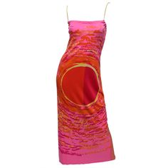 For Sale on - Parsons educated and French master printer, Ken Scott, vintage silk jersey maxi dress with bold geometric circle print in bold red,orange, fuchsia Pretty Outfits, Pretty Dresses, Cool Outfits, Fashion Outfits, Vetements Clothing, Neue Outfits, Looks Vintage, Fashion Killa, Clothing Items