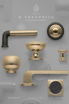 New Decor Trends for your Bathroom: Door Levers Lever Door Handles, Black Door Handles, Black Interior Doors, Gold Interior, Floor Molding, Gold Door, Kitchen Cabinet Hardware, Best Kitchen Designs, Modern Door