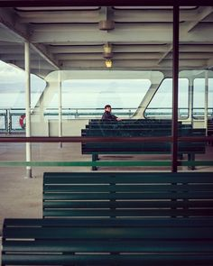 It's all boats to me. #streethunters #streettogs #streetphotographer #streetphotography #photography #photographyislife #street #everybodystreet #seattle #washington #bainbridgeisland #nyc #nycspc
