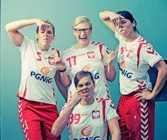 Handball Fun — POLISH Handball Women: Iwona Niedźwiedź, Patrycja Kulwińska, Monika Stachowska i Kinga Byzdra.