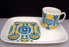 Ah, the colors...the shapes...Figgjo Flint Plate and Cup Set van Replacements4U op Etsy, £12.95