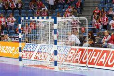 Profesjonalne bramki do piłki ręcznej z certyfikatem EHF. Profesional handball goals EHF certificate of approval, EHF EURO 2015 Euro, Poland, Basketball Court, Goals, Sports, Handball, Hs Sports, Sport