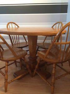 Used Wood Dining Table Set With 4 Chairs Markham York Region Toronto GTA